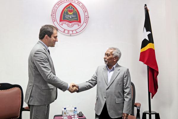 Primeiru-Ministru Timor-Leste nian asina karta laiha objesaun ba finansiamentu euru millaun 2 husi Banku Europeu Investimentu ba operasaun sira mikrofinansiamentu nian